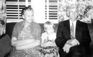 Winnie, Teresa and Robert L. Chaney